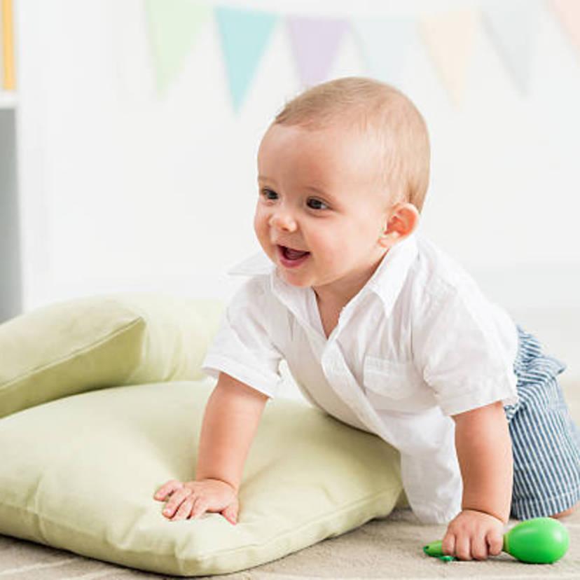 0049033bff1ca 医師監修 生後9ヶ月の赤ちゃんの特徴