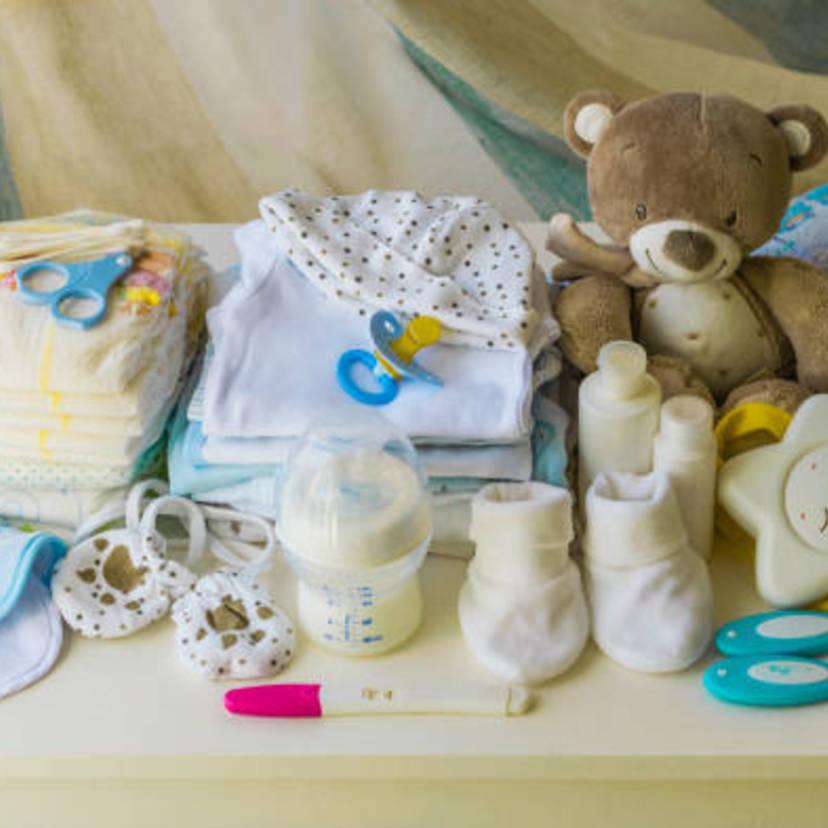 69ed38372e56f 医師監修 新生児のおむつ・ベビー服で大切な選び方とは?