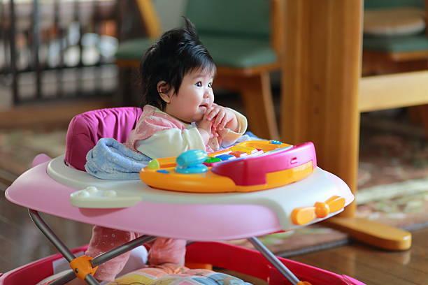 赤ちゃん 歩行 器 デメリット