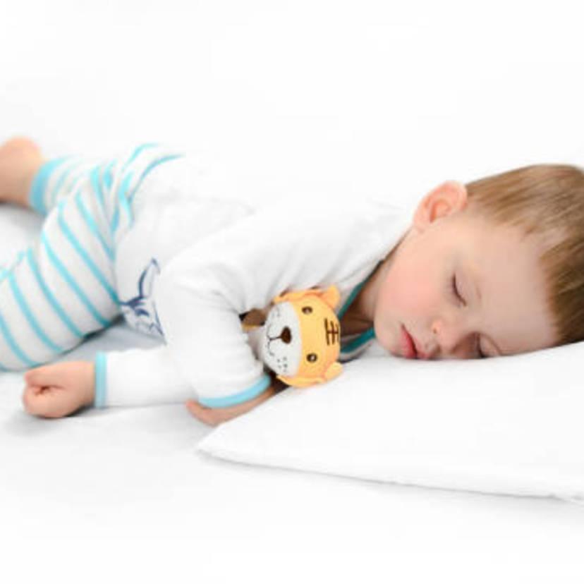 37de8ffb56421 赤ちゃんのパジャマに関する疑問解消!季節別オススメパジャマも紹介 ...