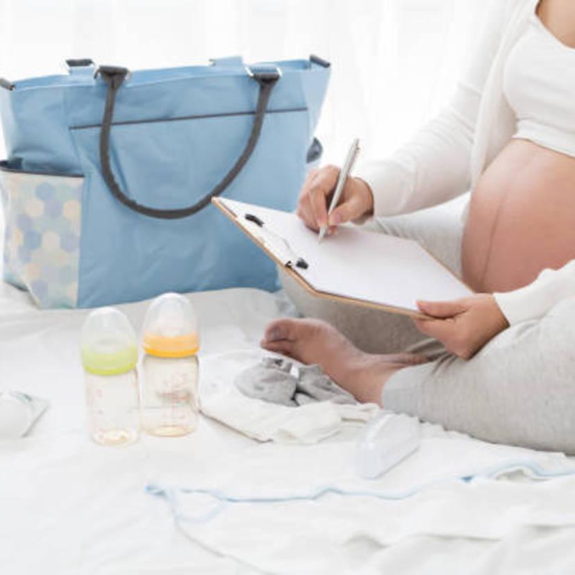 de150235f0262 出産準備で最低限必要なものはなに?チェックリストと費用を押さえるコツ ...