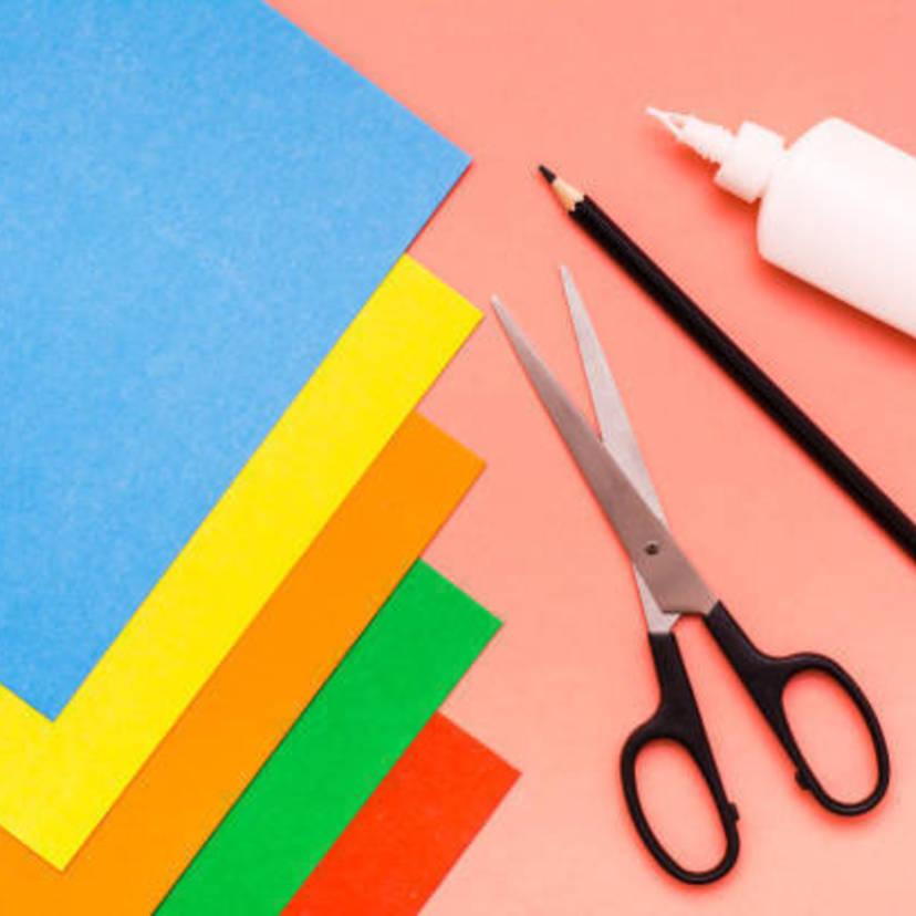 幼稚園の卒園アルバムを作る手順はおすすめ業者と台紙イラストの無料