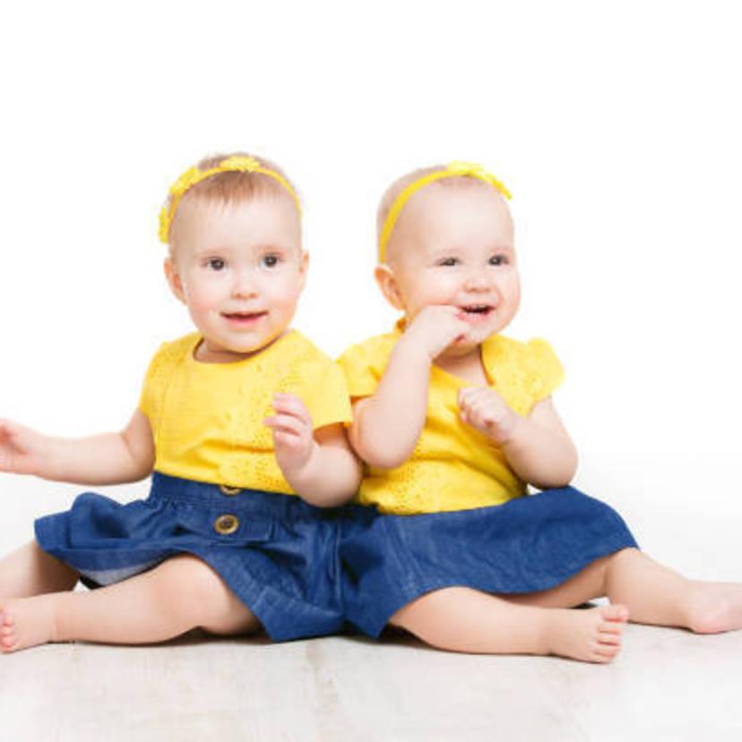 77e0590baaaec 双子の出産祝いにおすすめのギフト18選!金額の相場と選び方のコツ ...