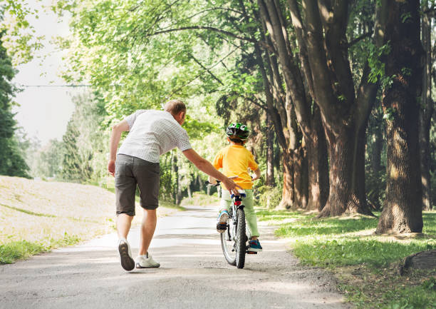子供と自転車の練習をしよう!基本3つのポイントや 教え方やコツなど ...