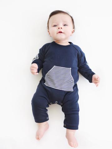 142e88fe59566 新生児の肌着「ロンパース」の選び方とおしゃれ商品10選