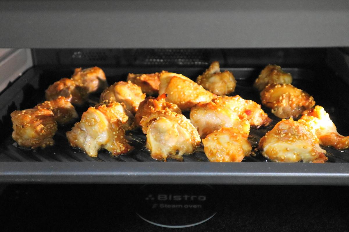 コストコの定番「ヨシダソース」は万能調味料! 活用レシピを