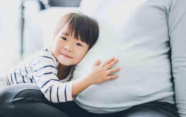 赤ちゃんがしゃっくりをしたときに何をすべきか