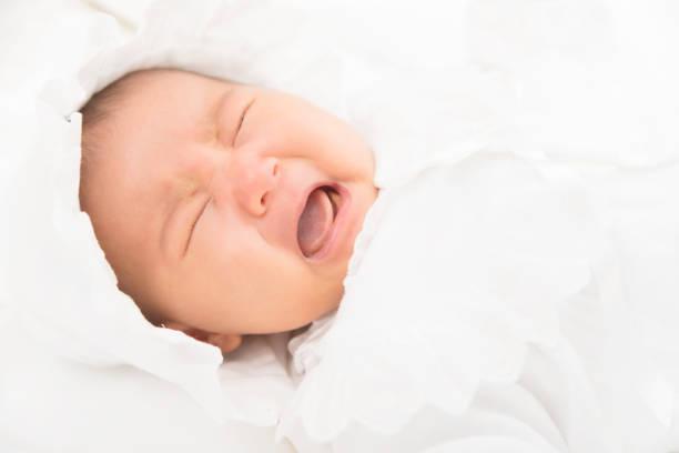 新生児 顔 が 赤い