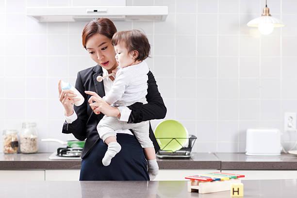 働くママと子供