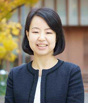 井梅 由美子(いうめ ゆみこ)先生